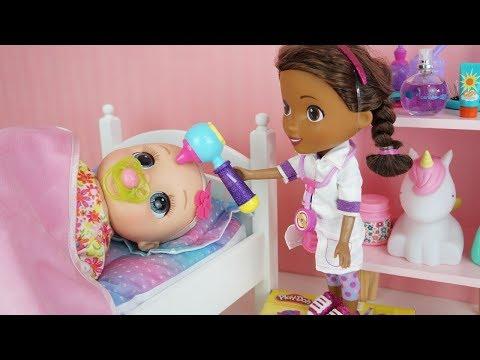 BABY ALIVE BEBÊ COM FEBRE DOUTORA BRINQUEDOS FAZENDO CHECK UP DOLL DOC MCSTUFFINS