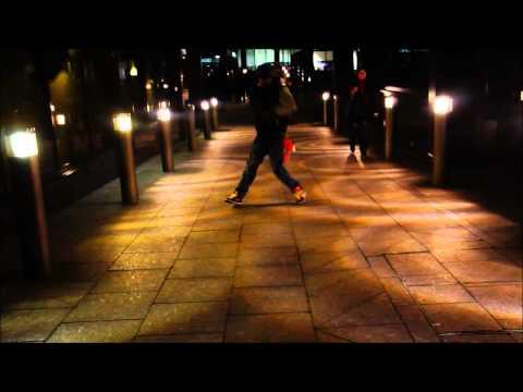 massaai warrior dance in moorgate st station london