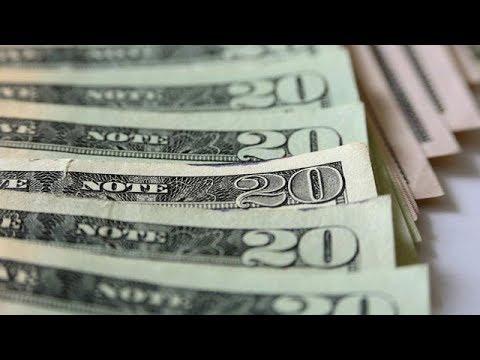 Get U.S. Dollar Exposure To Prepare For Coming Economic Pain: David Rosenberg