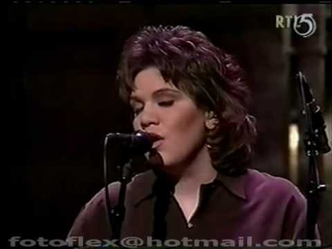 Alison Krauss & Union Station @ Letterman 1995 'In The Palm Of Your Hand'