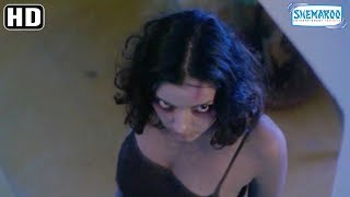 Ghost Follows Urmilla Matondkar - Bhoot Horror Scene - Hindi Horror Movie