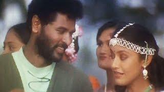 Directed by:sridhar prasad,produced by:kajamohideen,music by:vidyasagar,staring by:prabhu deva,murali,laila,kalyani and prakash raj, sung by:shankar mahadeva...