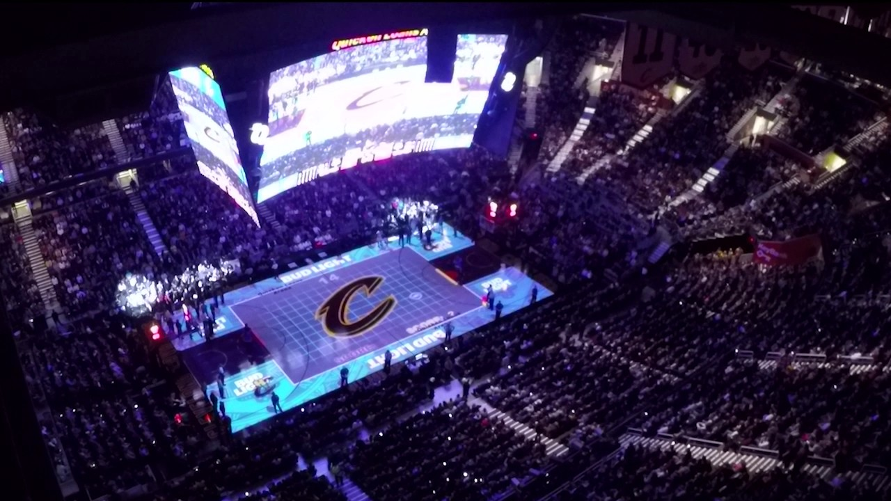 Projection Mapping Cleveland Cavaliers Transform The Quicken Loans