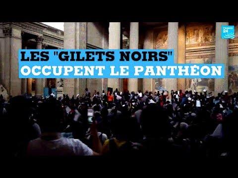 """À Paris, des """"gilets noirs"""" sans-papiers envahissent le Panthéon"""