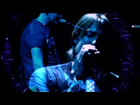 Keith Urban - Long Hot Summer & Stupid Boy - Get Closer Tour 2011