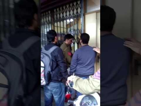 Police beat the public in pnb bank deposit line