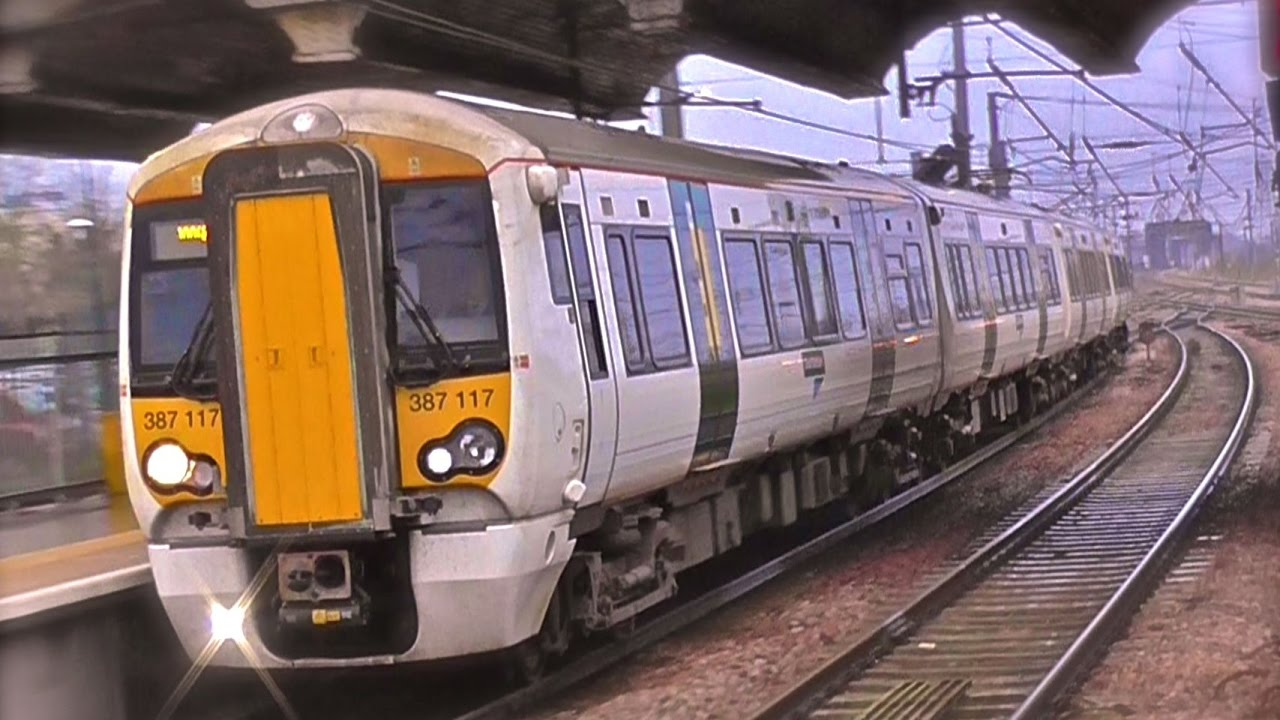 Great Northern Class 387/1 - 387117 Arrives Into Peterborough From London Kings Cross - YouTube
