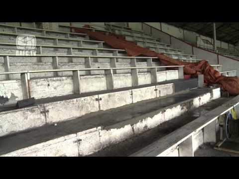 07-11-2013 Luc Van Thillo - tribune 1 is hersteld