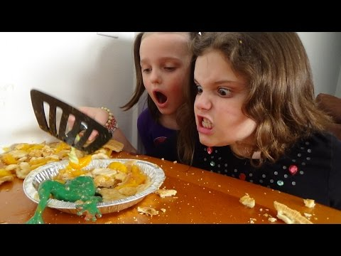 "Thumbnail: Killer Poison Frogs Attack Spatula Girl Goes Crazy Part 2 ""Toy Freaks Style"""