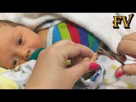Во сне ребенку стричь ногти