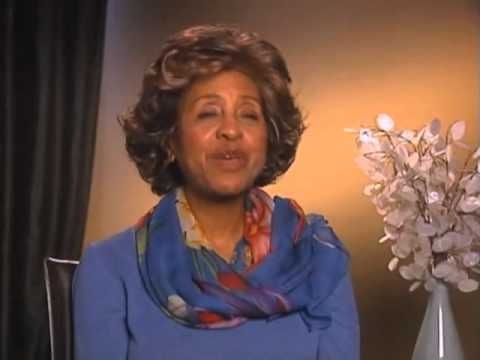Marla Gibbs on working with Norman Lear - EMMYTVLEGENDS.ORG