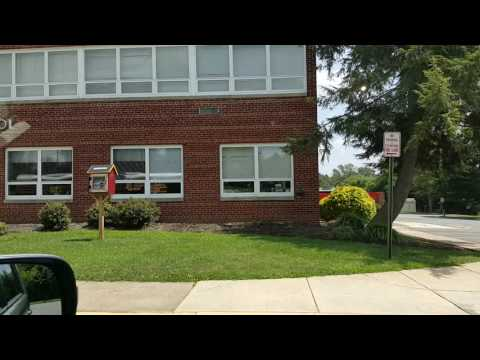 Checking out my old school.. Herndon Elementary School