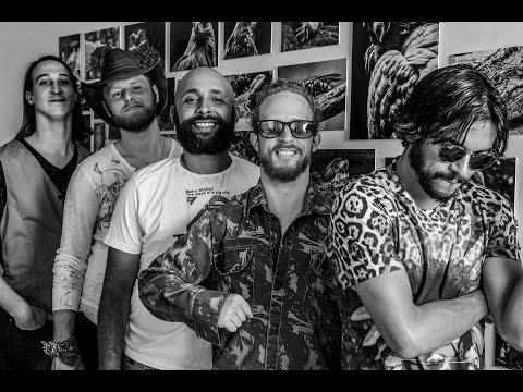 (JC 15/03/17) Banda Os Gringos agita Quinta da Boa Música de hoje