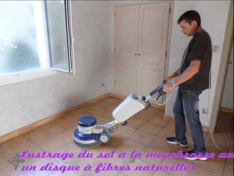 D capage terres cuites tomettes valmour doovi for Monobrosse carrelage
