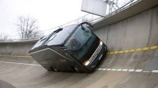 LUAR BIASA..... nge Tes bus sampai miring kayak gitu