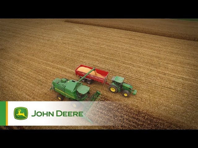 The John Deere W-series and T-series combines: born for corn