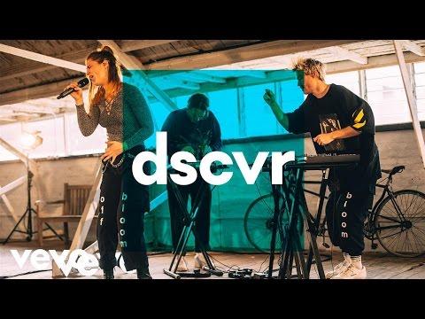 Off Bloom - Falcon Eye - Vevo dscvr (Live)