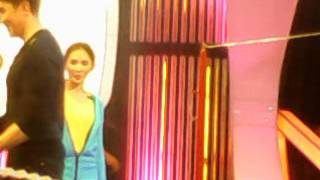 Sarah G. On Minute 2 Win It OFF-CAM 9
