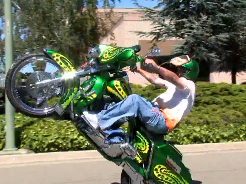 Baddest Bagger Wheelie Youtube