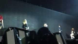 Beyoncé The Mrs  Carter Show Fortaleza   Get me Bodied + Baby Boy  08 09 2013