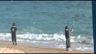 Alan y joel pescando