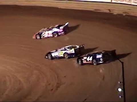 A LOOK BACK:  Volunteer Speedway Full Night April 9, 2005