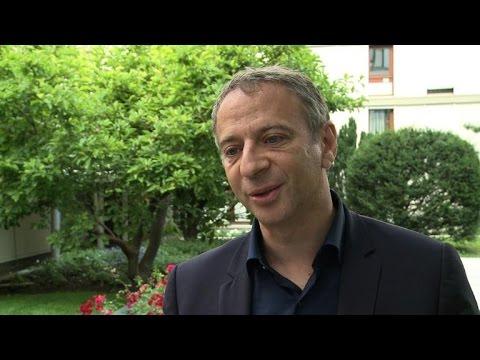 """Gouvernement Valls II: """"aucune leçon"""" tirée, pour Baumel"""