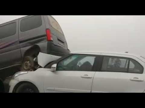 yamuna expressway accident cause of pollution. Aisa apne filmo mai hi dekha hoga.