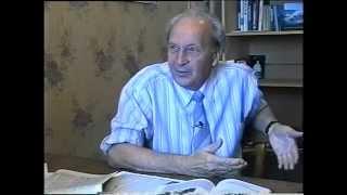 Илья Лифшиц - советский физик-теоретик, академик, академик АН УССР