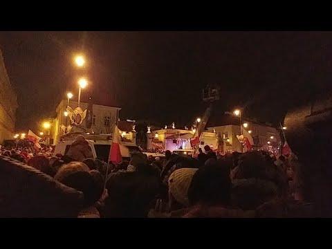 """Prawda O Protestach """"w Obronie Sądów"""" — Relacja Na Żywo"""