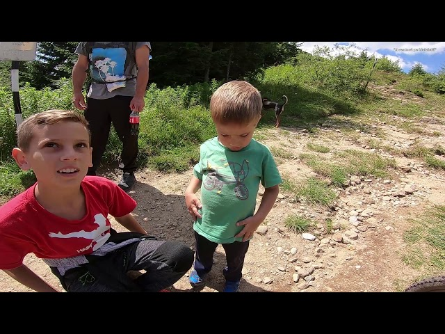Aventuri pe bicicleta : De povestit nepotilor