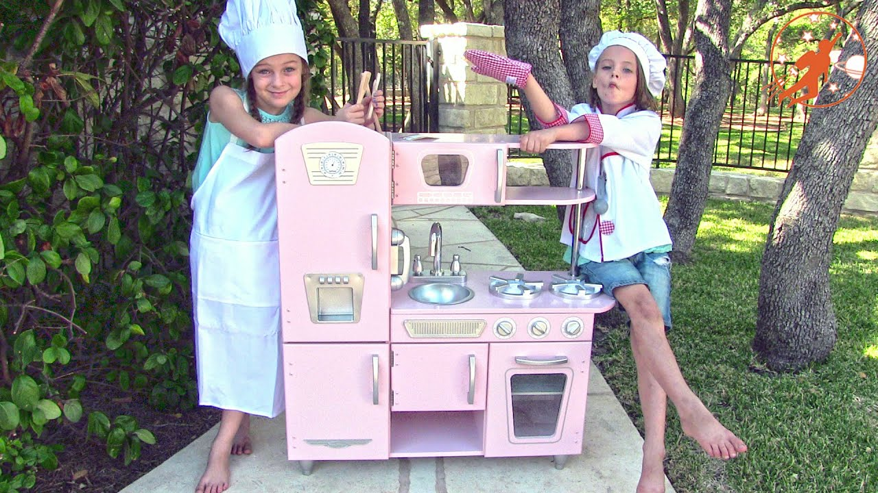 Kidkraft Toy Kitchen Blue Tile Backsplash Kids Unboxing Review And Pretend Cooking