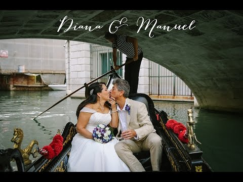 Elopement on the Grand Canal I Wedding in Venice, Italy