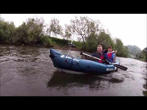 2 Cheap Inflatable Canoes and the River Wye