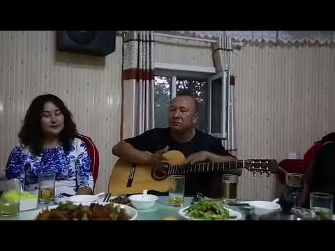 The Craziest and Best guitarist in Xinjiang China