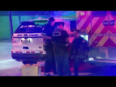 Police officer injured in fall during foot chase in Miami