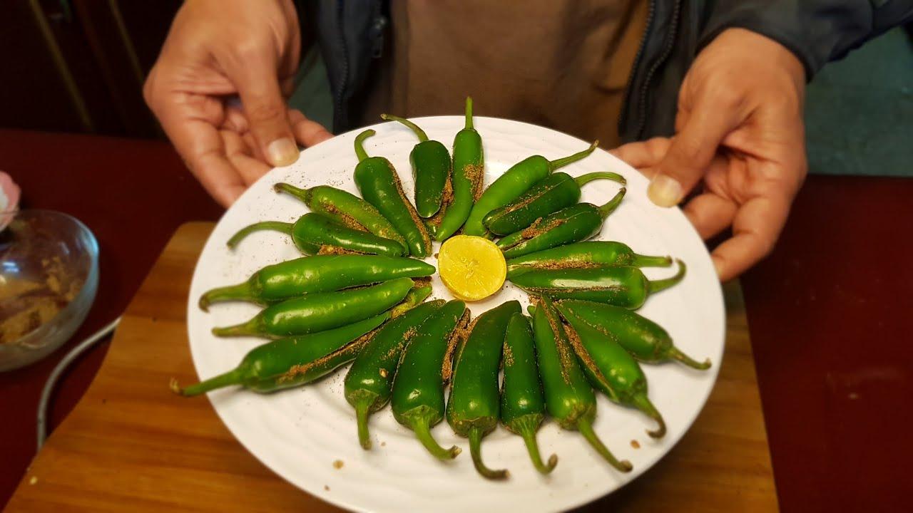 Bhari Hari Mirch | Hari Mirch Masala | Filled Green Chilly (with subtitles)