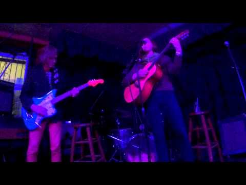 Katie Baggs & Boobie Browne - How Small - Songs For Shar!