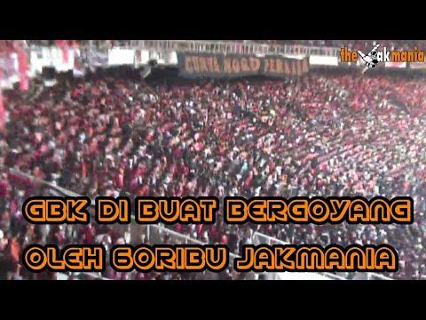 Atmosfir 60ribu Jakmania Bikin stadion goyang (tonton sampe habis)