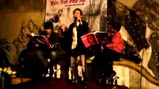 """Hoa vàng mấy độ """"acoustic"""" (Trịnh Công Sơn) - Ngô Quang Vinh"""