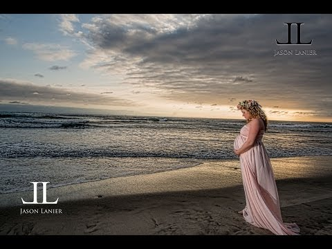 Maternity Shoot of a mom expecting Quadruplets with Jason Lanier Photography in Oceanside, CA
