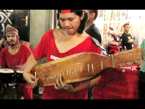 EMPAT MATA d'bagindas - Ethnomusic Band - Etnomusikologi ISI Yogyakarta [HD]