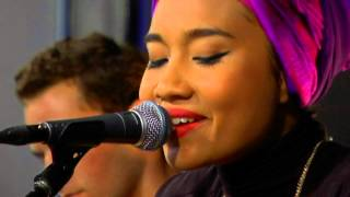 Yuna - Come As You Are (Live at Amoeba)