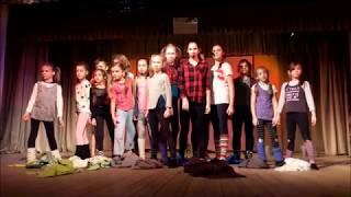 Отрывок из мюзикла Энни на международном конкурсе в Великом Устюге