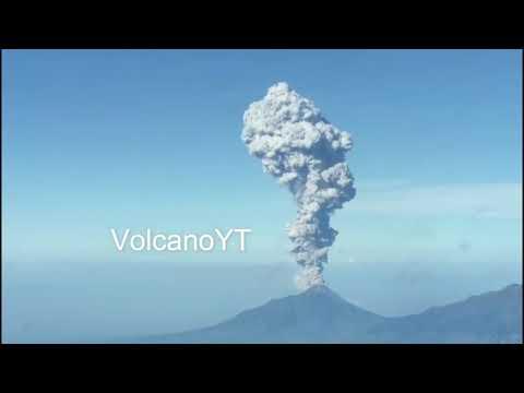 11/5/2018 - Mt Merapi erupted part 1
