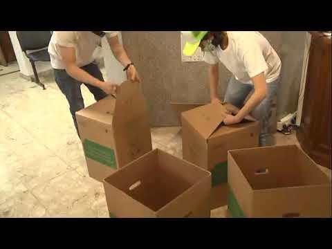 Juntan tapitas y papeles para ayudar al Garrahan