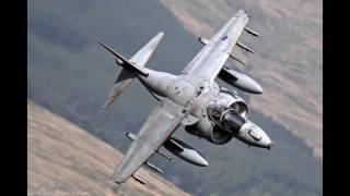 Aeroplane McDonnell Douglas AV-8B Harrier II - Avión McDonnell Douglas AV-8B Harrier II