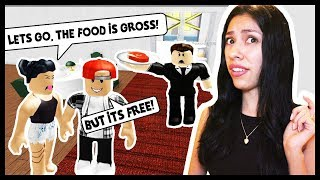 MY BOYFRIEND TOOK ME ON A DATE TO THE WORST RESTURANT! - Roblox Roleplay - Escape the Resturant