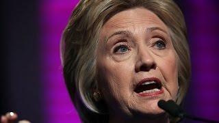 هيلاري كلينتون تنتقد منافسها ترامب ( أ ف ب )    13-6-2016