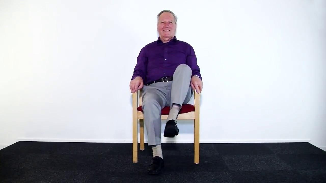 Stoel Voor Ouderen : Oefeningen voor ouderen stoel oefening youtube